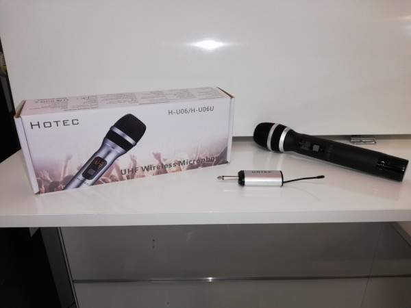 UHF Funkmikrofon mit Mini Akku Receiver, schwarz