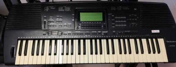 Technics Entertainer Keyboard KN-920, gebraucht !