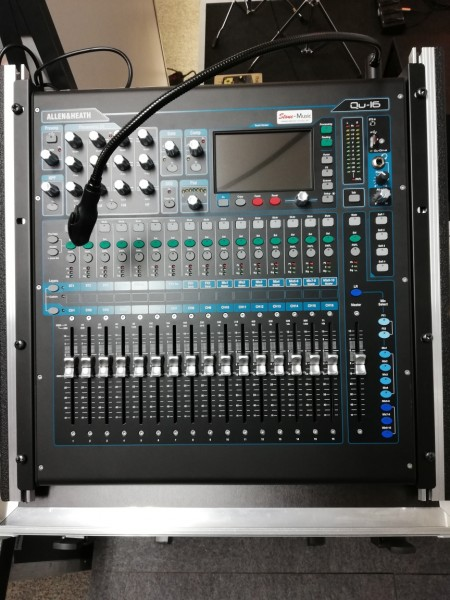 ALLEN & HEATH Qu - 16 Digitalpult, Bundle mit Case+Mixerstativ